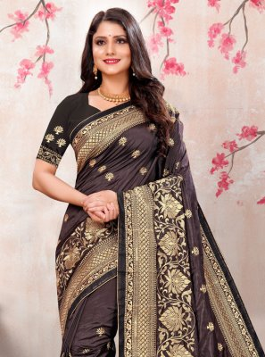 Embroidered Black Silk Traditional Saree