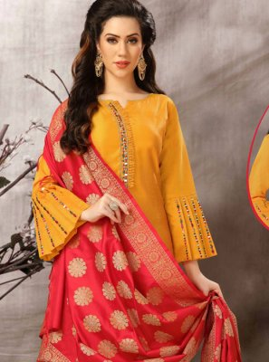 Embroidered Festival Salwar Kameez