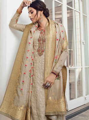 Embroidered Grey Salwar Kameez