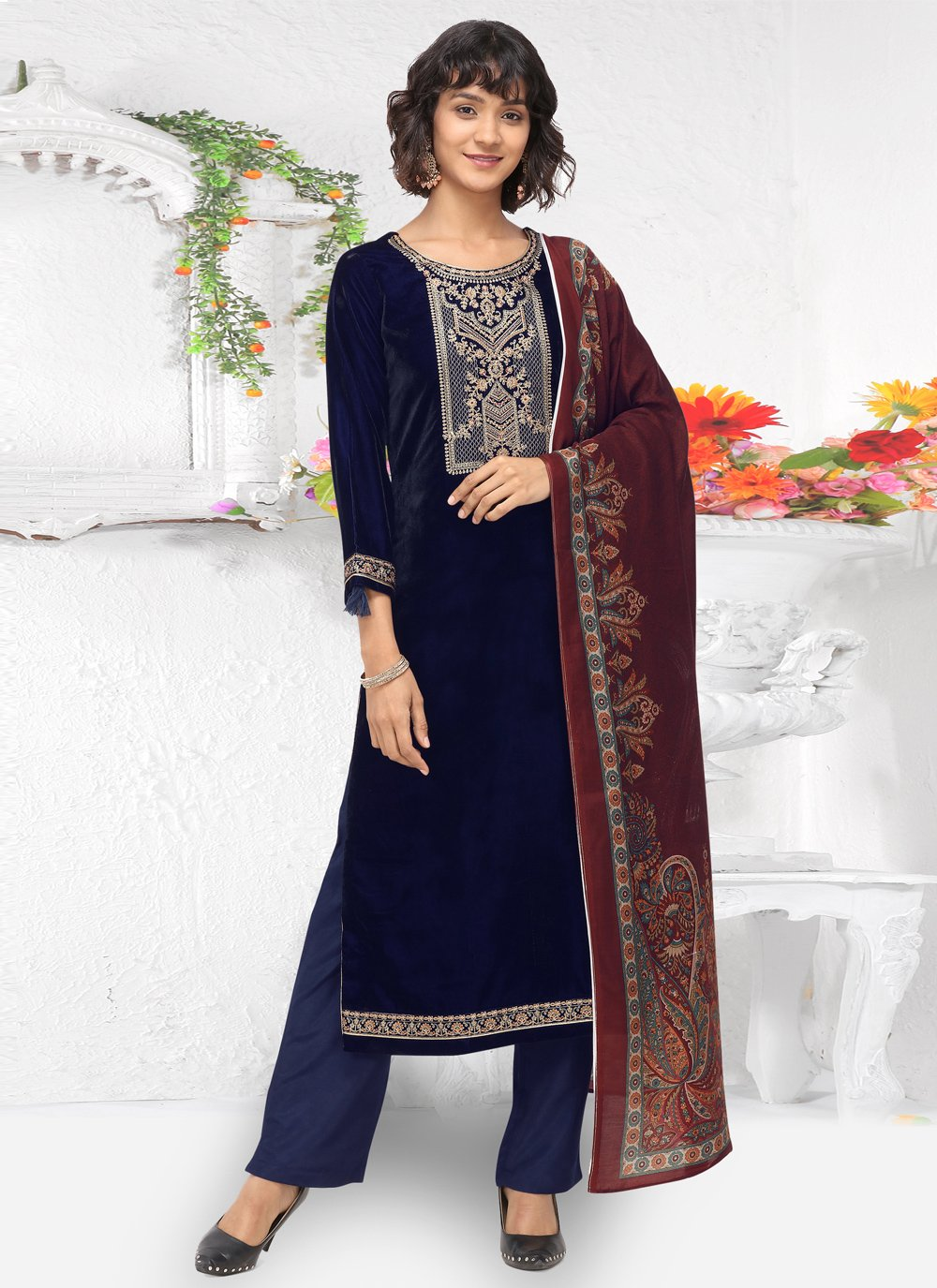 Embroidered Party Pant Style Suit