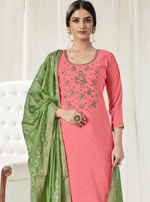 Embroidered Trendy Pakistani Salwar Kameez