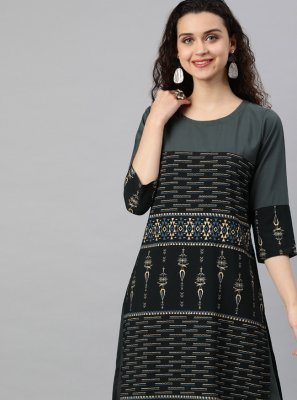 Faux Crepe Print Casual Kurti in Black and Grey