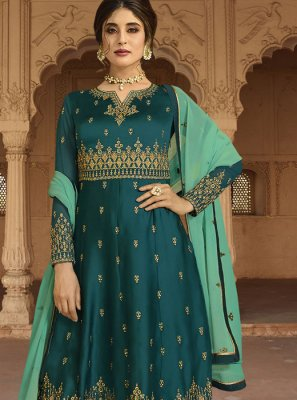 Faux Georgette Green Embroidered Designer Salwar Kameez