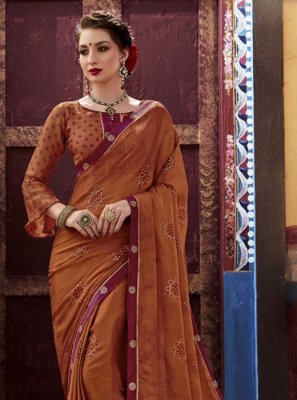 Foil print Faux Chiffon Trendy Saree in Brown