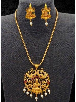 Gold Engagement Pendant Set
