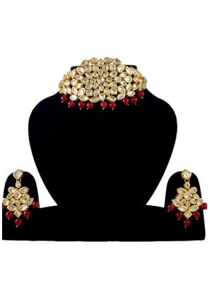 Gold Stone Work Festival Jewellery Set