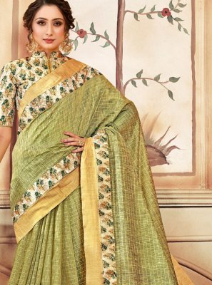 Green Abstract Print Cotton Classic Saree