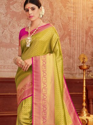 Green and Magenta Weaving Trendy Saree