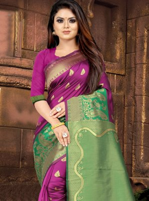 Green and Pink Weaving Silk Traditional Saree