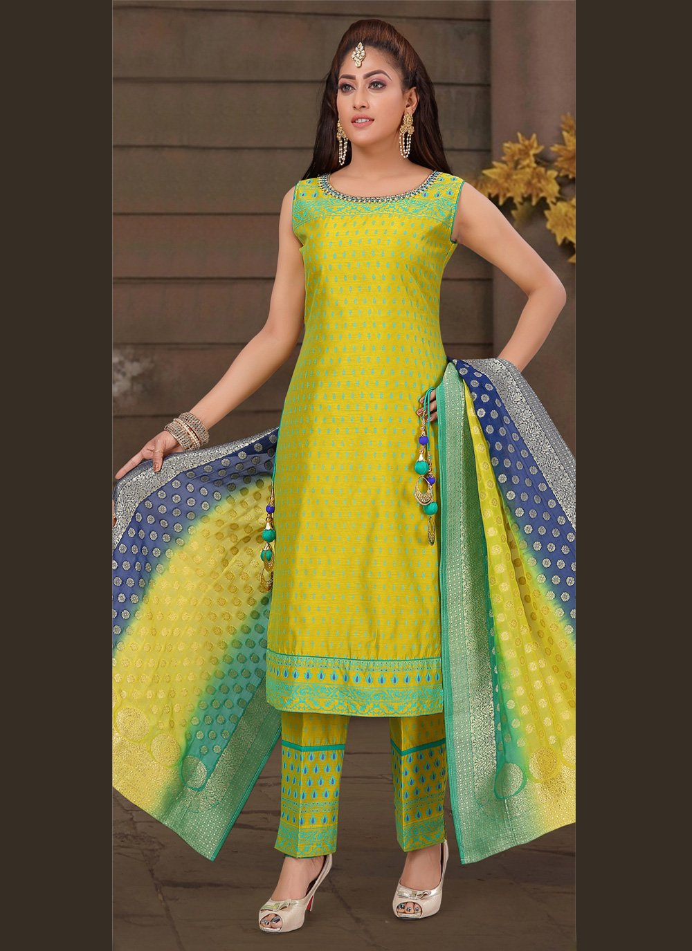 Green Art Silk Embroidered Bollywood Salwar Kameez