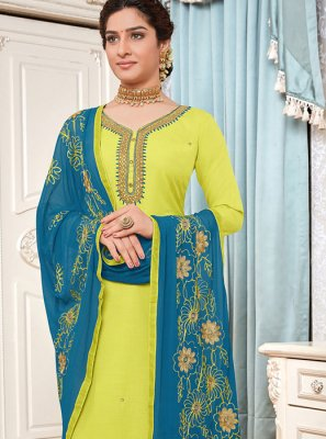 Green Cotton Embroidered Salwar Suit