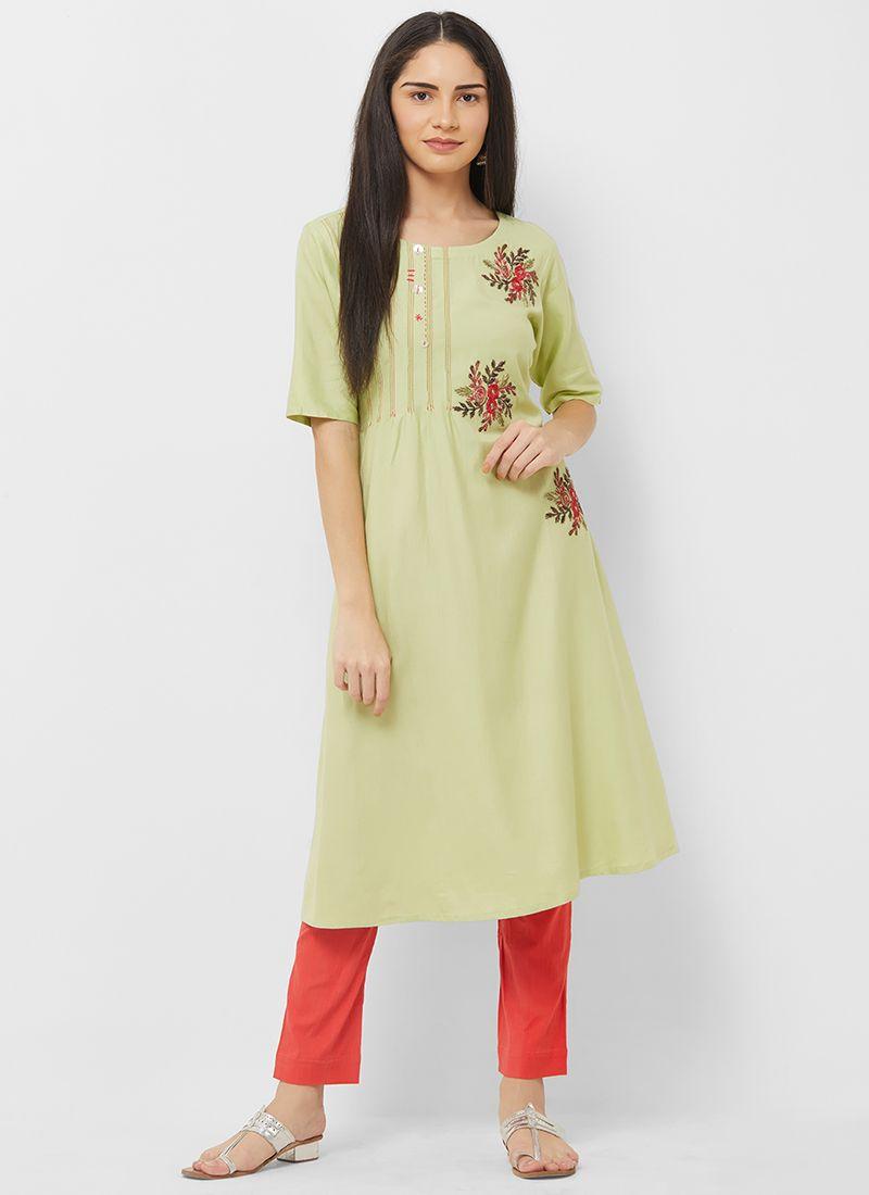 Green Cotton Thread Work Party Wear Kurti