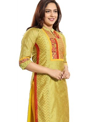 Green Embroidered Chanderi Casual Kurti