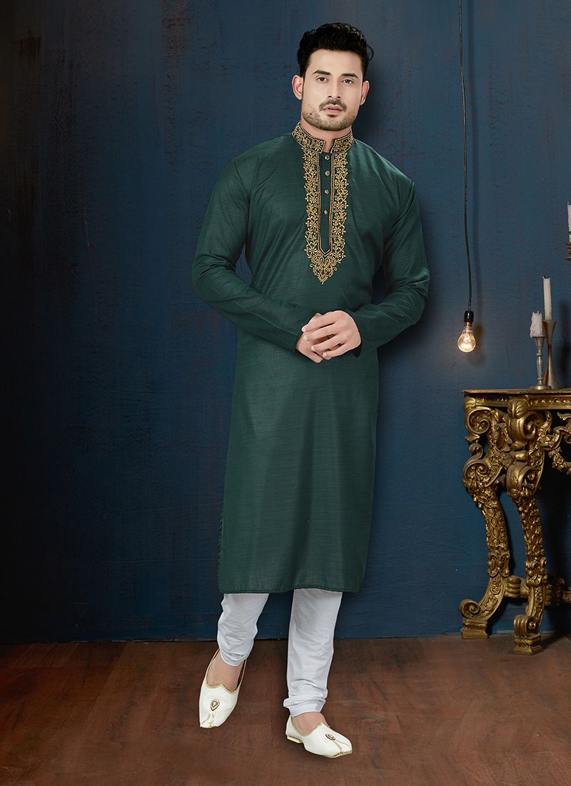 Green Embroidered Cotton Kurta Pyjama