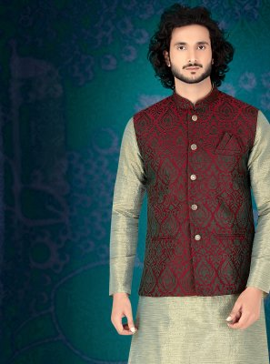 Green Embroidered Kurta Payjama With Jacket