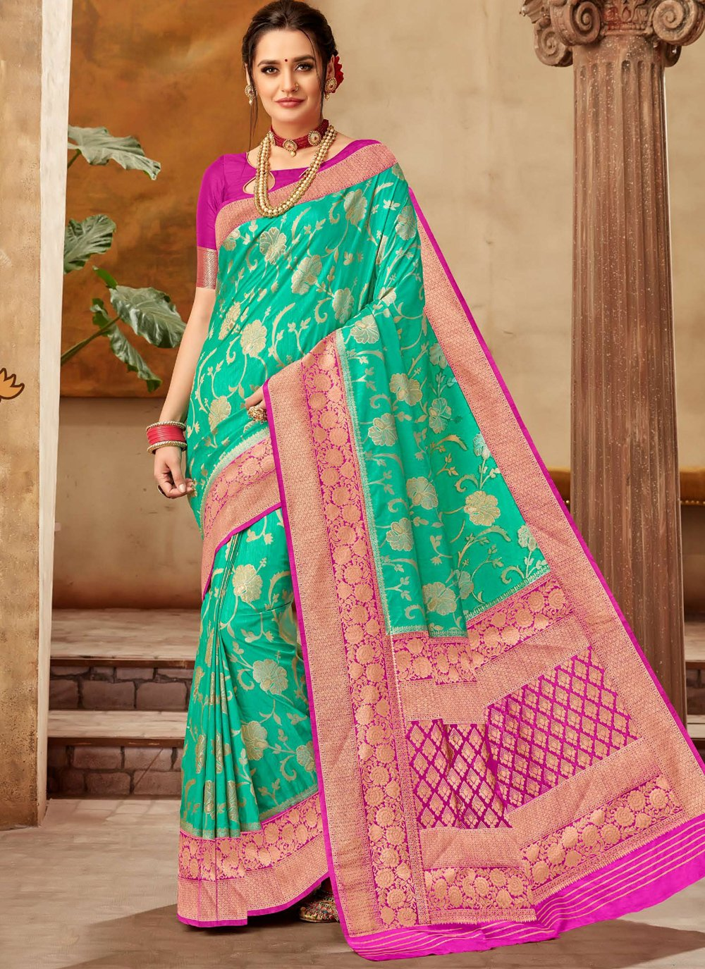 Green Weaving Art Silk Classic Saree