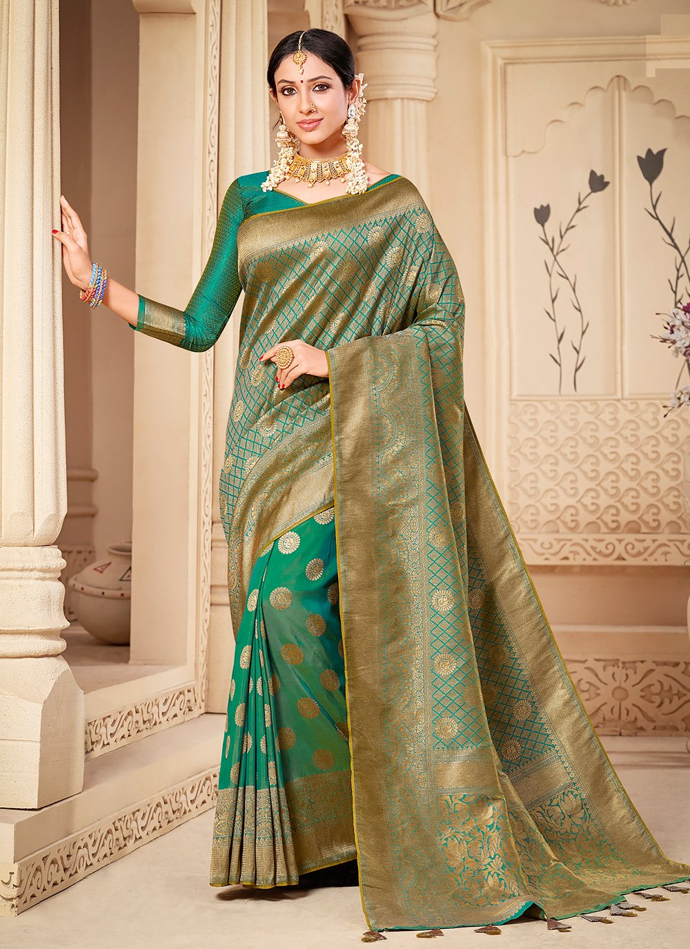 Green Weaving Banarasi Silk Silk Saree