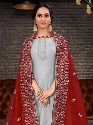 Grey Chanderi Embroidered Bollywood Salwar Kameez