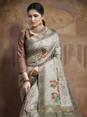 Grey Jacquard Silk Traditional Saree