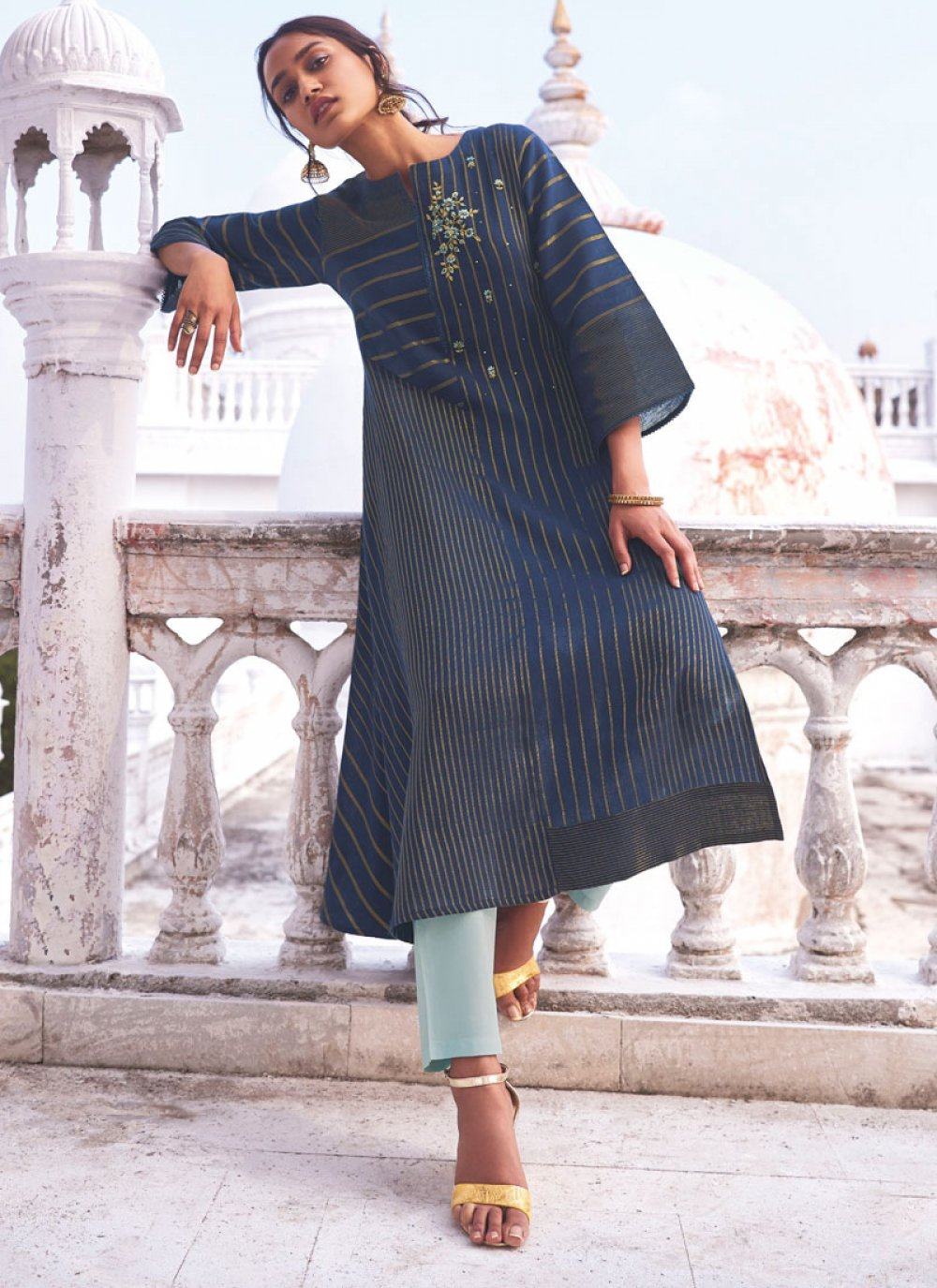 Handloom Cotton Embroidered Casual Kurti in Blue