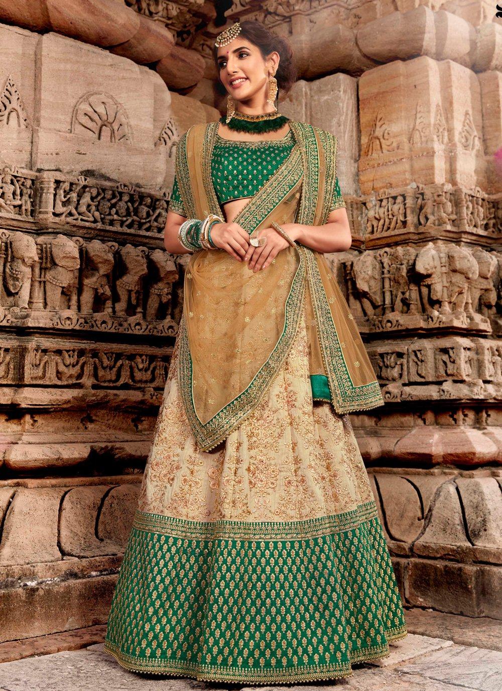 Handloom silk Bollywood Lehenga Choli