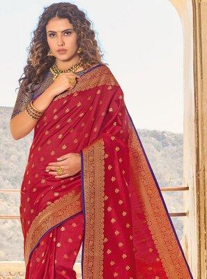 Handloom silk Weaving Classic Saree in Red