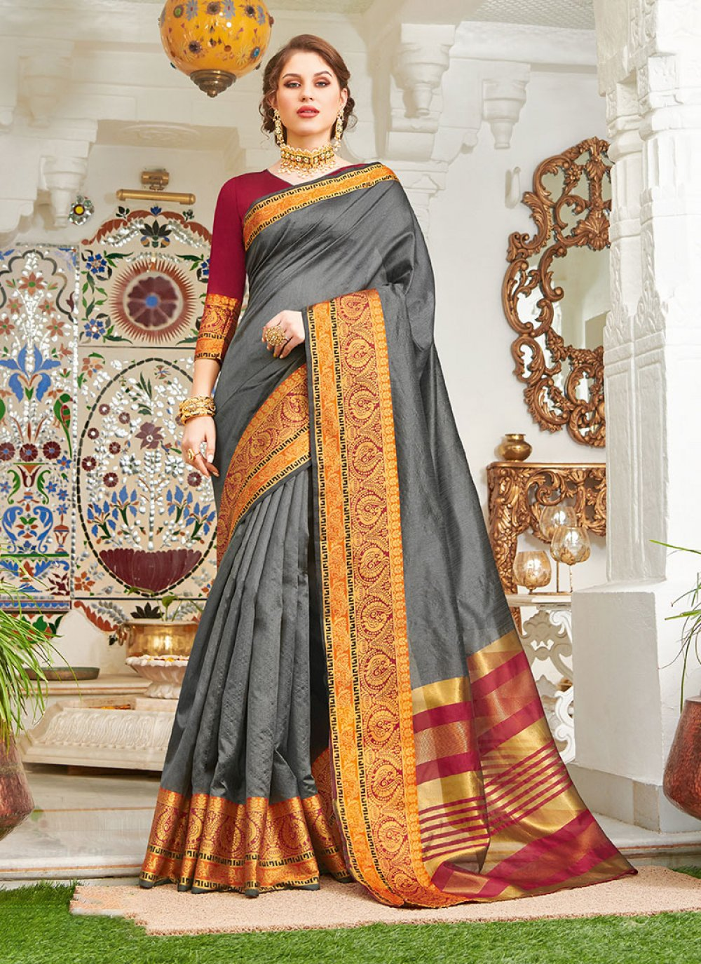Handloom silk Weaving Grey Designer Saree