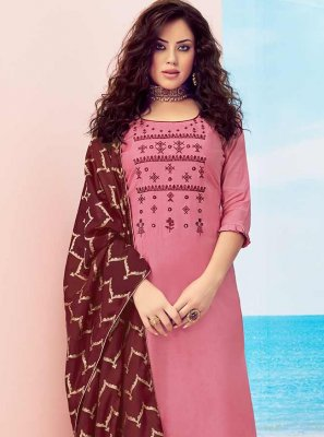 Handwork Pink Pakistani Salwar Kameez