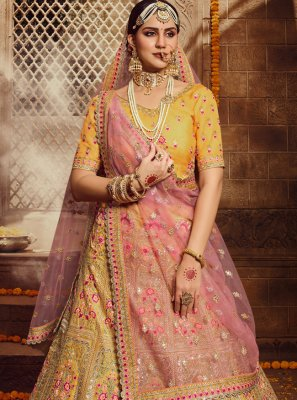 Lehenga Choli Resham Organza in Yellow