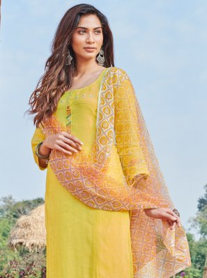 Linen Trendy Pakistani Salwar Suit in Yellow