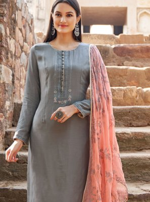 Muslin Grey Embroidered Salwar Suit
