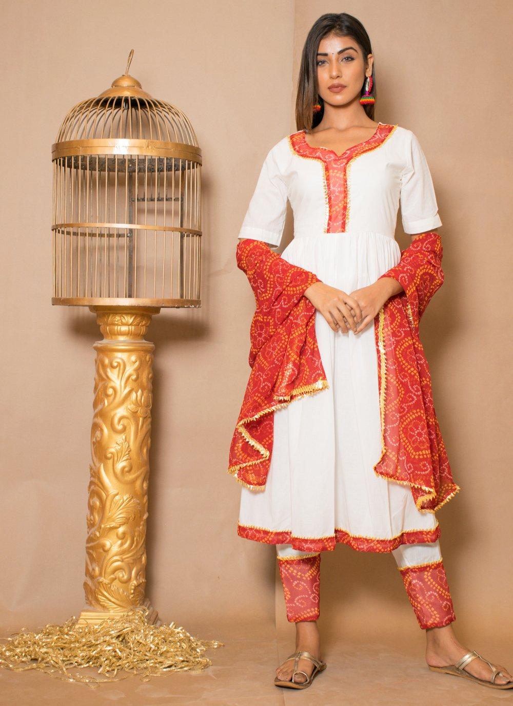 Off White Cotton Lace Readymade Salwar Kameez