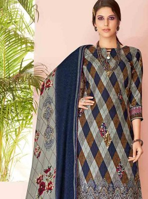 Pashmina Salwar Kameez in Blue