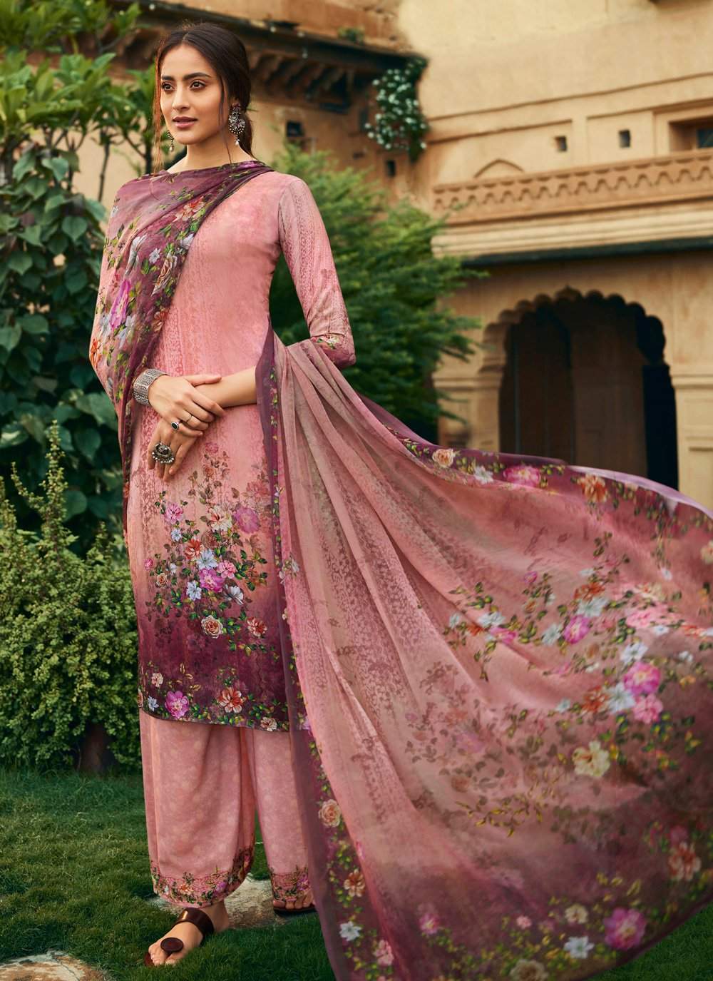 Pink Casual Faux Crepe Salwar Kameez