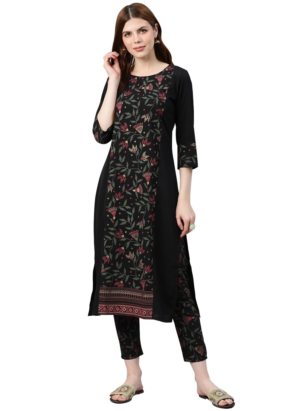 Print Faux Crepe Casual Kurti in Black