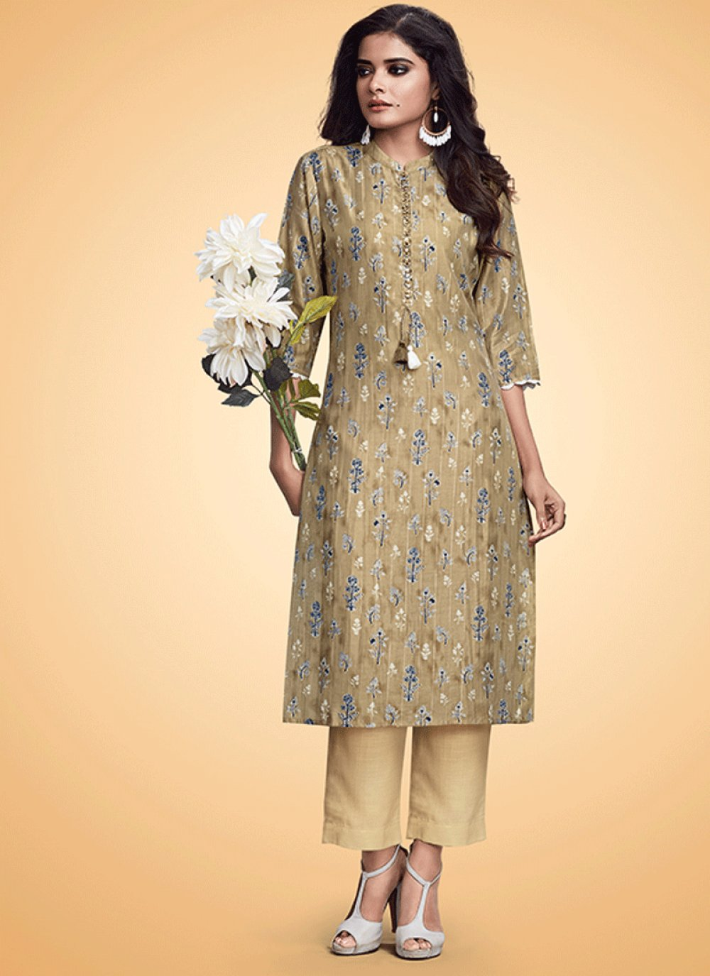 Print Muslin Casual Kurti in Brown