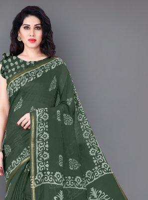 Printed Cotton Classic Saree in Green