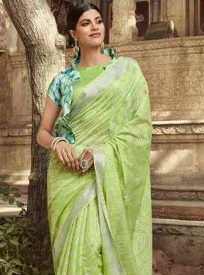 Printed Cotton Printed Saree in Green