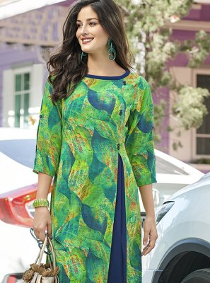 Printed Crepe Silk Casual Kurti in Multi Colour