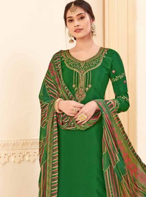 Pure Crepe Embroidered Green Salwar Kameez
