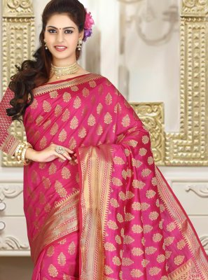Rani Jacquard Weaving Classic Saree