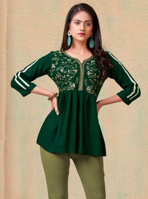 Rayon Party Party Wear Kurti