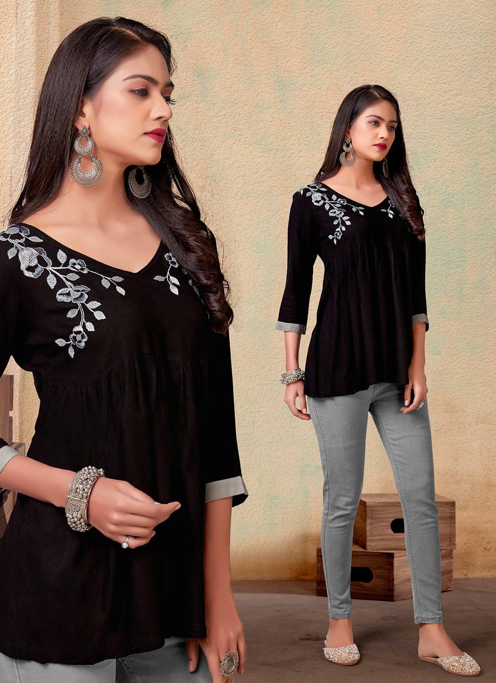 Rayon Printed Casual Kurti in Black