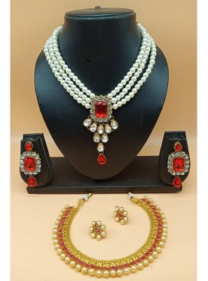 Red Color Jewellery Set