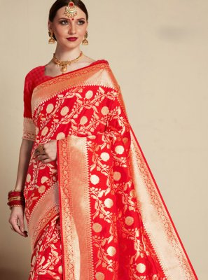 Red Weaving Banarasi Silk Classic Saree
