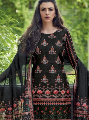 Silk Embroidered Black Designer Salwar Kameez