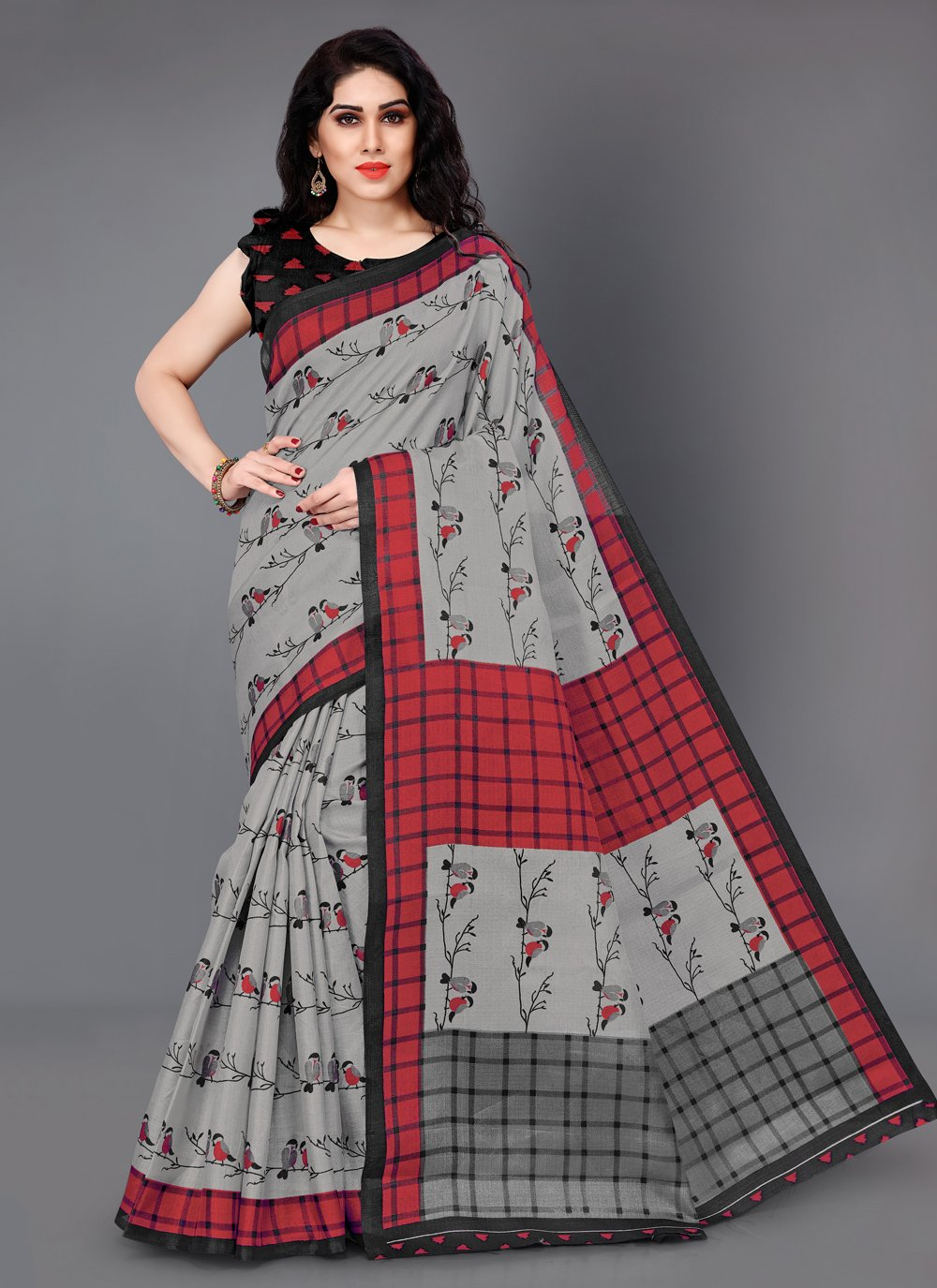 Silk Printed Trendy Saree in Grey