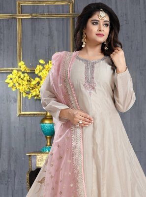 Silk Resham Anarkali Salwar Suit in Cream