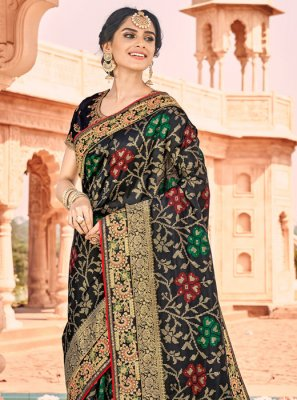 Silk Saree Weaving Banarasi Silk in Black