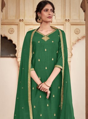 Silk Trendy Salwar Kameez in Green